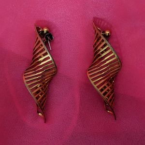 Golden spiral staircase earrings